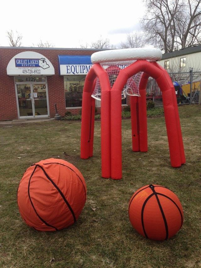 Where to find MONSTER BALL 8  TALL INFLATABLE in Toledo