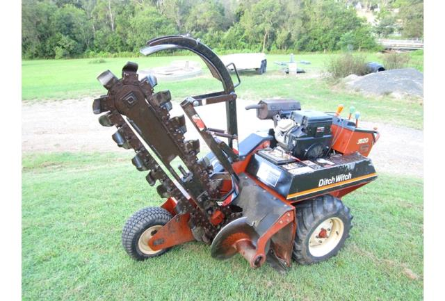 Where to find TRENCHER, 4 X6 , DITCHWITCH 1820 in Toledo